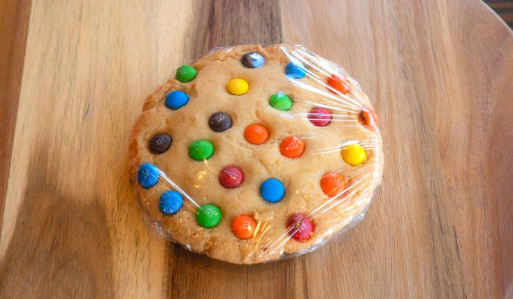 Chocolate Chip or M&M Cookie